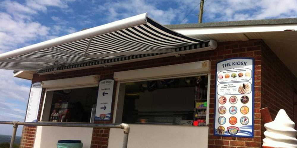 Visit Milfford on Sea The Kiosk serving refreshments at Hordle Cliff car park